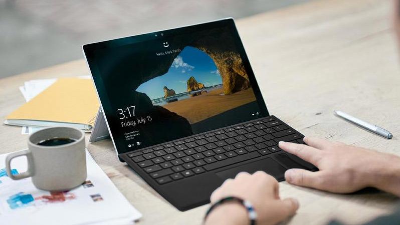 surface và macbook