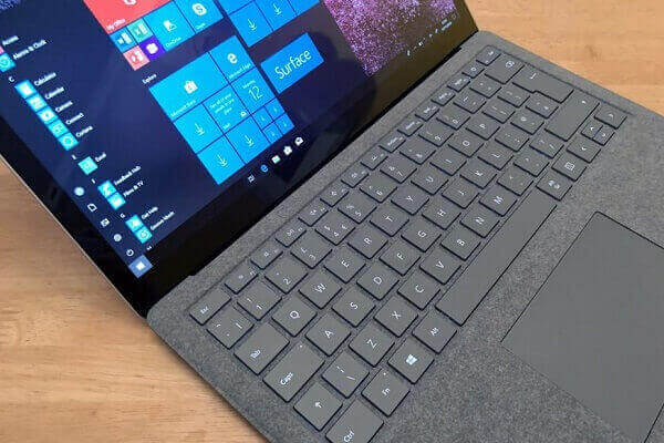 Surface Laptop 2 (2)